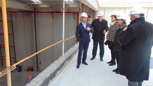 Representants de l'administració i de l'empresa han visitat les instal·lacions.