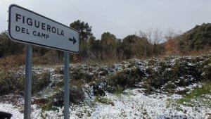 Figuerola del Camp també ha vist nevar el primer dia de Primavera.