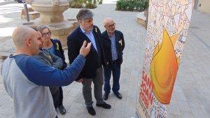El dissenyador vallenc Carles Cubos Serra, escollit per la comissió participativa d'imatge, n'ha estat l'autor del cartell.