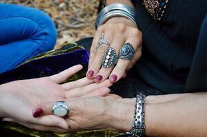 Quiromancia, la lectura de las líneas de nuestra mano
