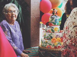 Estos mensajes de cumpleaños para tu suegra te resultarán inspiradores