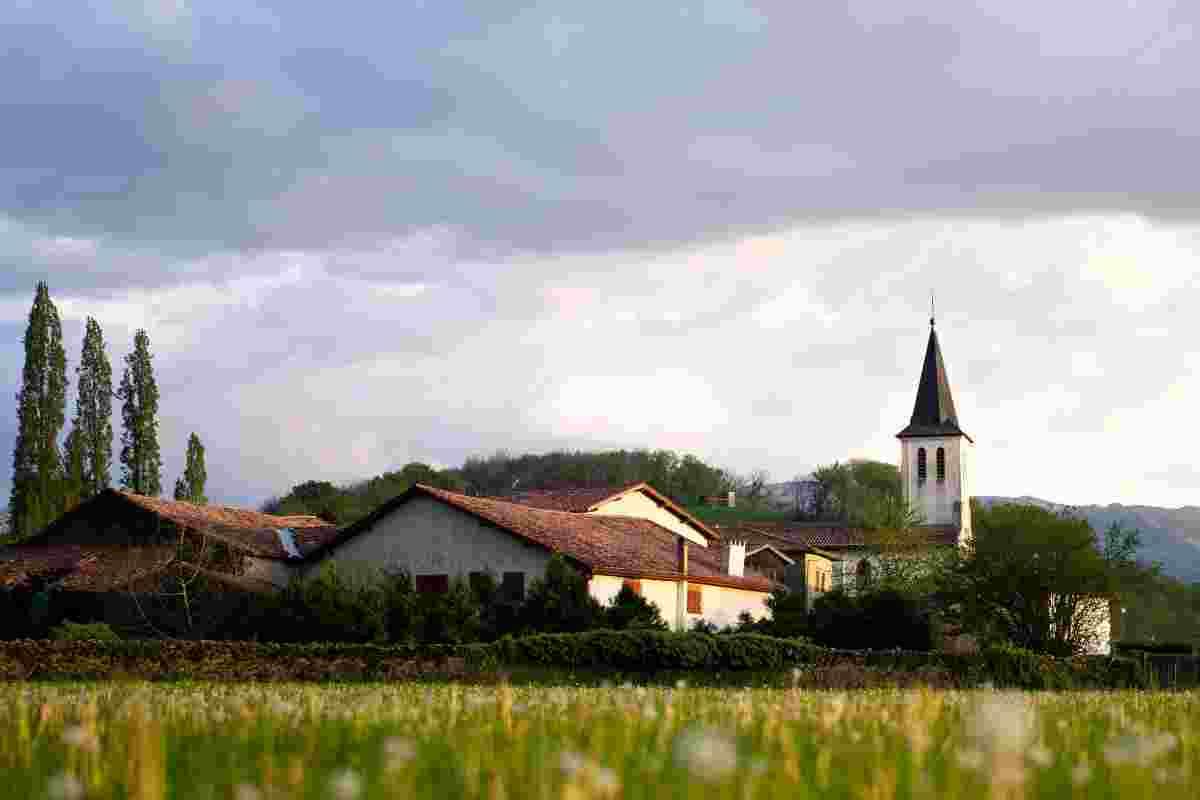 Imagen de una casa de pueblo