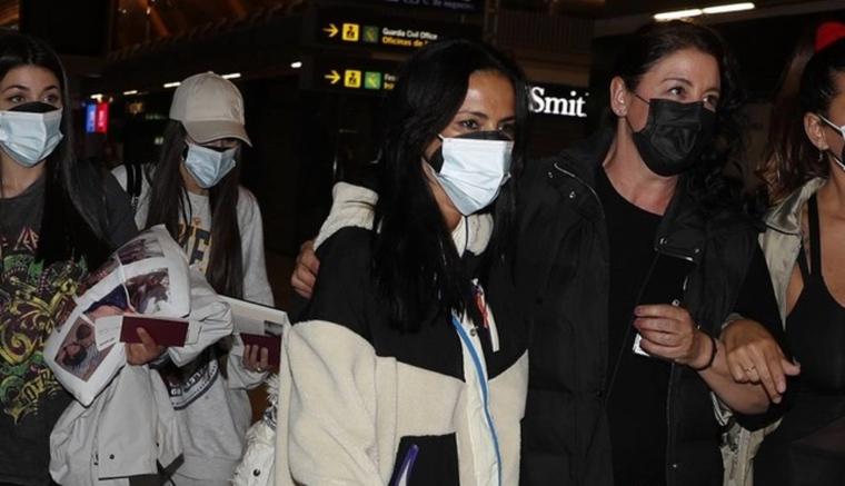 Olga Moreno en el aeropuerto de Madrid