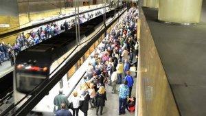 Metrovalencia un dia de aglomeració