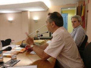 Abelard Saragossà i Jordi Manent, durant la presentació del 'Valencianisme lingüístic'