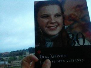 """Portada de """"La crisi dels vuitanta"""", d'Olga Xirinacs"""