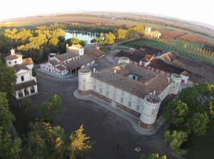 Vista aèrea del Castell del Remei.