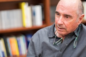 Lluís Llach va fundar el celler Vall Llach l'any 1997 amb l'Enric Costa