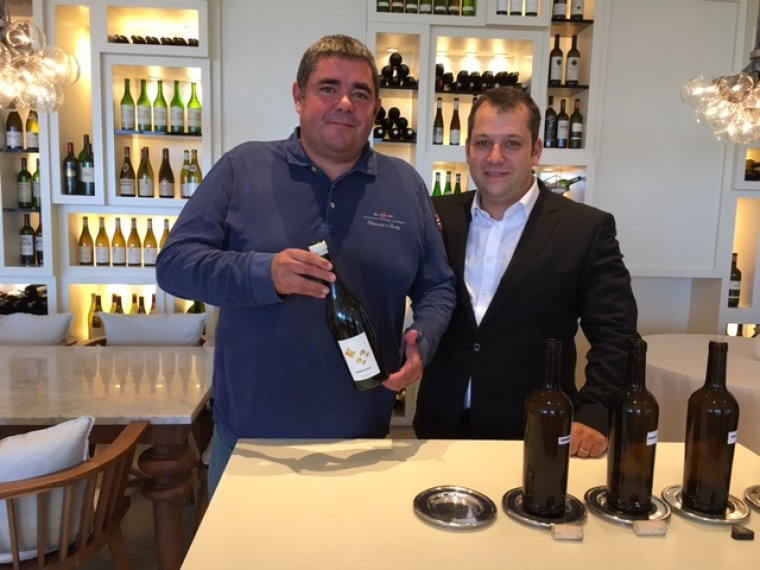 Alex Corrio i Jordi Vicente presentant el nou vi K22