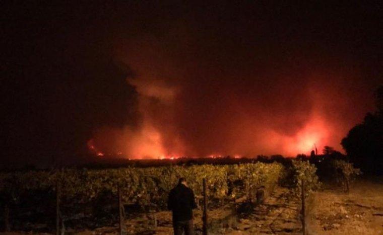 L'incendi fa dos dies a crema a Califòrnia