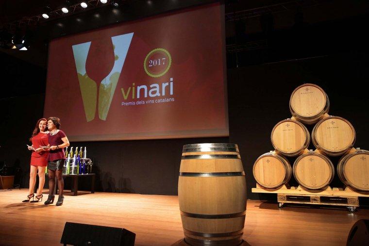 Txe Arana i Empar Moliner van presentar la cinquena edició dels Premis Vinari