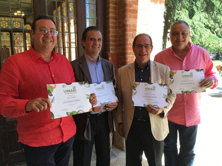 Membres del Club del Bàrman de Catalunya que han triat el millor vermut per a cóctels