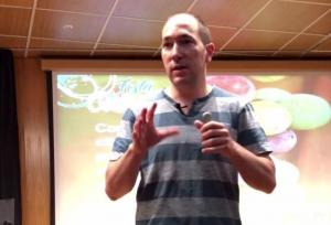 L'investigador vitivinícola Pedro Balda