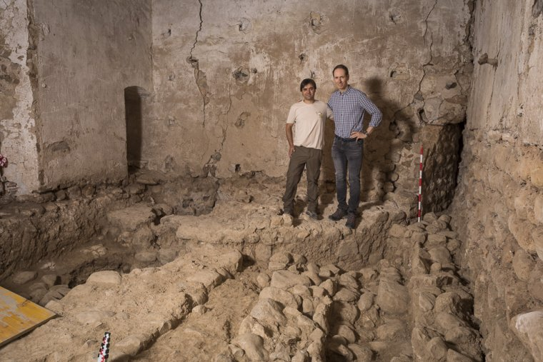 Xavier Esteve i Miquel Torres a les excavacions al castell de la Bleda