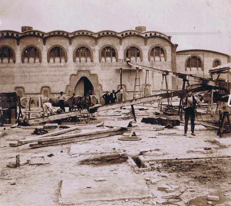 Construcció de la Cooperativa de Gandesa