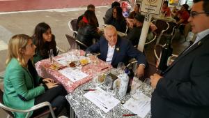 Artadi, Maragall i Saliente fent el tast de vermuts dels Premis Vinari dirigits per Ramon Roset