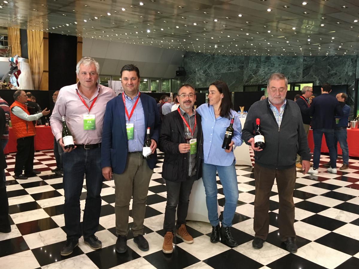 Foto dels cinc projectes vitivinícoles d'Andorra