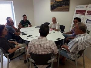 Representants d'Unió de Pagesos, Viticultors del Penedès i JARC reunits amb el director de l'incavi, Salvador Puig