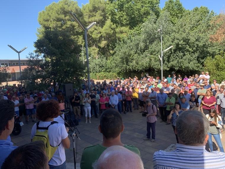 Prop de 250 viticultors s'han concentrat per protestar pel preu del raïm