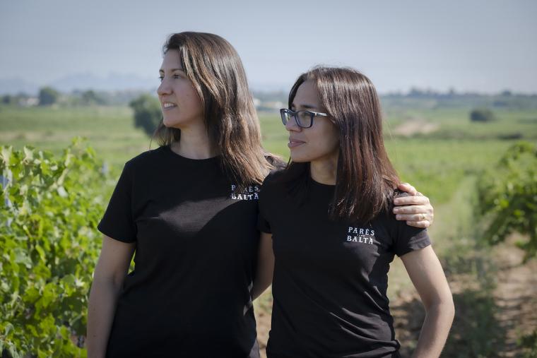 Marta Casas i Maria Elena Jiménez són cunyades polítiques i enòlogues de Parès Baltà