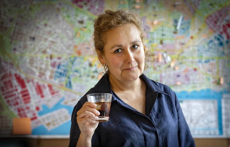 Elisenda Bonet fa un vermut Miró amb el Tot Barcelona