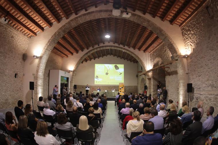 Un moment de la inauguració de la Cavatast 2019 a Sant Sadurní