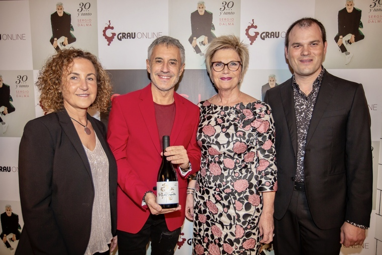El vi es va presentar per primer cop a Madrid amb Sergio Dalma