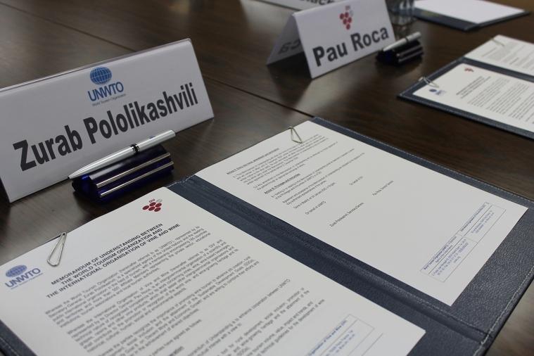 L'OIV i l'OMT signen un acord per impulsar l'enoturisme a nivell mundial