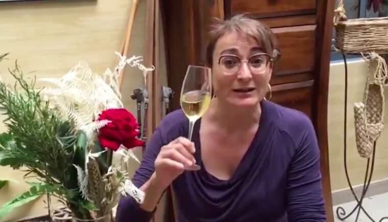 Eva Plazas aposta per consumir vi català