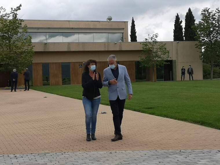 La consellera d'Agricultura, Teresa Jordà i el president d'Aecava Damià Deàs després de reunir-se aquest dijous