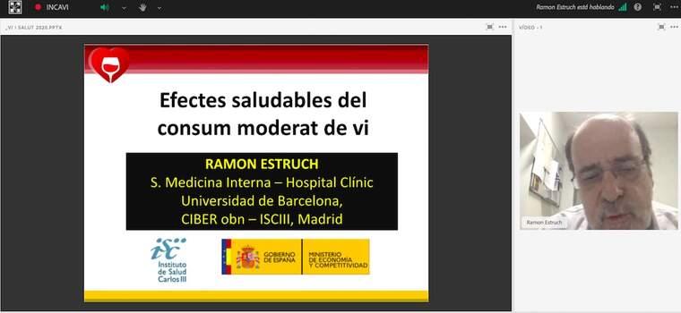 El doctor Ramon Estruch durant la presentació dels última estudis sobre els beneficis del vi a la salut