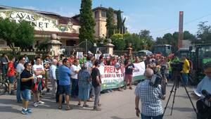 La protesta que es va viure a les portes de Freixenet a la vaga inèdita del 5 de setembre de 2019
