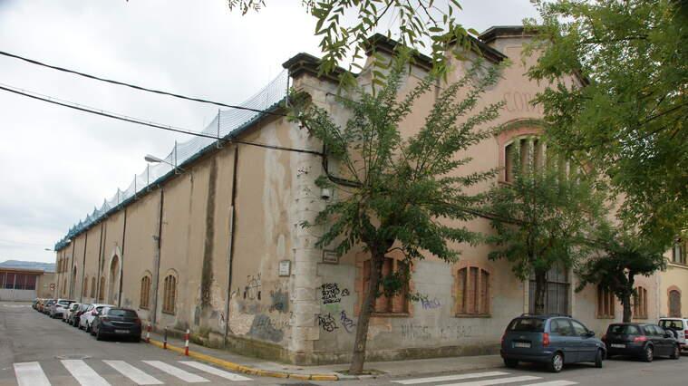 Alguns dels edificis d'aquest conjunt històric es troben en mal estat