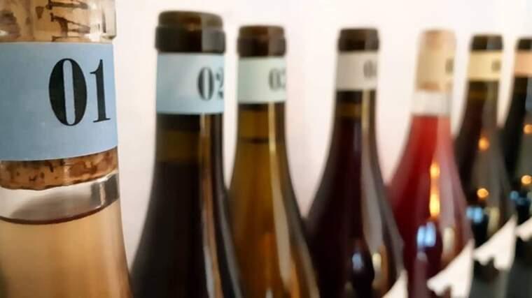 Cada una der les ampolles de Majorque Nouveaux està numerada