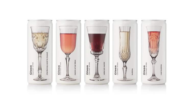 Els cinc vins en llauna de Glass Canned Wines