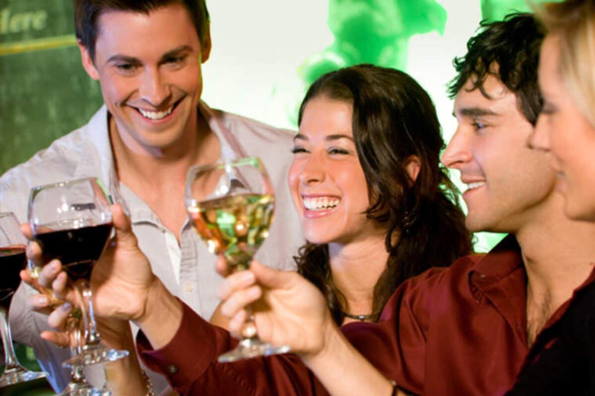 Amb la lenta recuperació de l'activitat als bars i restaurants torna l'esperança en la remuntada de les vendes