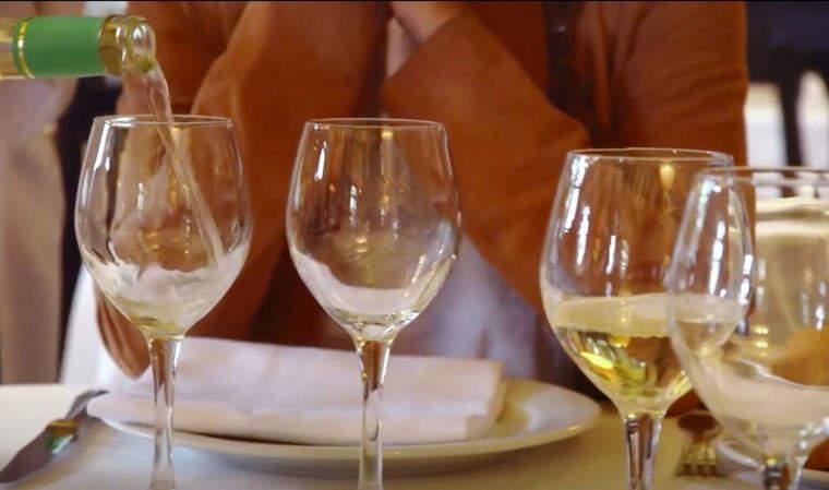 Un moment del vídeo que promou el turisme del vi a Catalunya