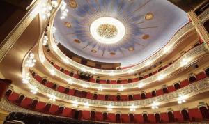 L'obra 'The Last Henry V' al Teatre Fortuny presenta un canvi d'actors.