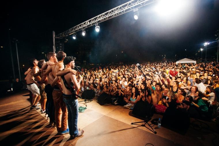 Oques Grasses actuarà diumenge a Reus.