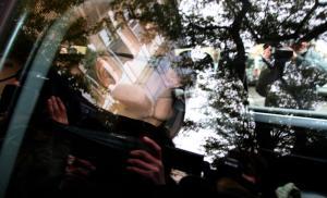 Josep Prat al cotxe de la Guàrdia Civil després de ser detingut l'any 2013.