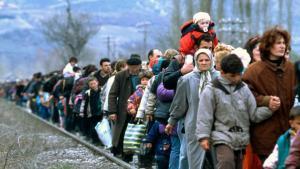 «Llits a la intempèrie» és un llibre en pro dels refugiats