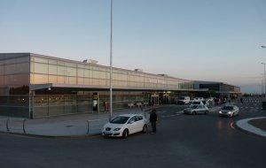 L'aeroport reusenc ja ha acollit passatgers de l'aeroport d'Alguaire en diverses ocasions