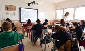 L'aprenentatge total d'idiomes al Collège Français és un dels seus trets característics.
