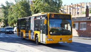 Imatge d'arxiu d'un autobús municipal.