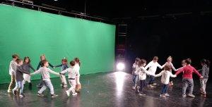 Imatge d'uns dels grups de nens durant la gravació