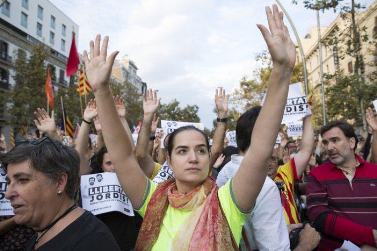 Esther Flubacher, en una manifestació contra l'empresonament dels Jordis.