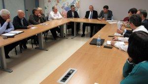Imatge de la reunió per constituir la nova junta.