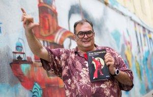 Ariel Santamaria presenta el seu llibre «Memòries polítiques»