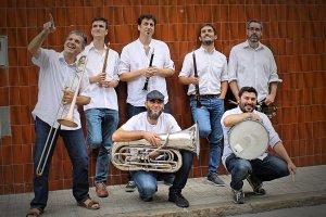 Canya d'Or & Brass, música de gralla fusionada amb altres estils