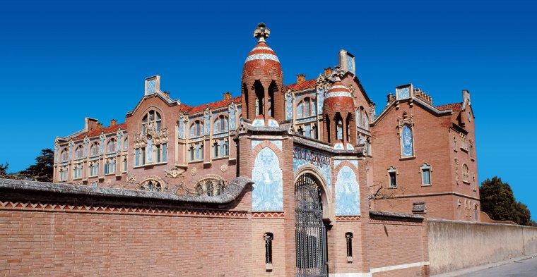 L'Institut Pere Mata, una de les obres importants de Domènech i Montaner.